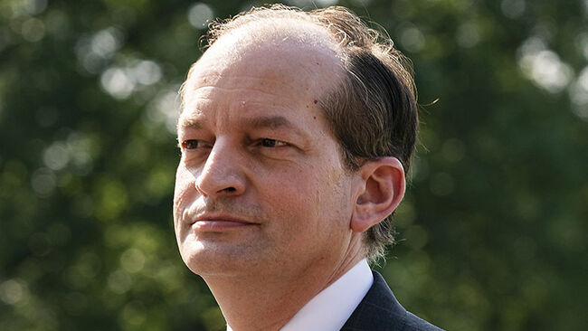 Labor Chief Acosta Resigns After Furor Over Epstein Sex Inquiry