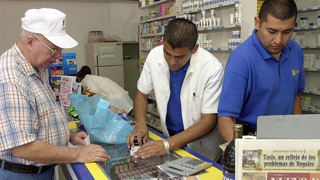 Mexican Pharmacies Draw Americans Seeking Cheaper Drugs