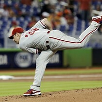 Lee, Phils Shutout Marlins 3-0