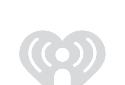 Listen to the Eddie Foxx Show weekdays 5-10am!