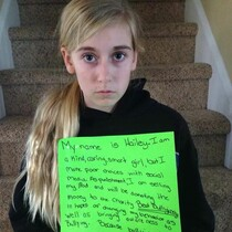 Mom Gets Criticized For Photo Shaming Her Cyber-Bully Daughter...