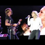 Keith Urban And Carrie Underwood Perform 'The Fighter' Together (VIDEO)