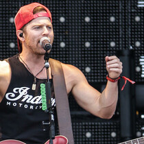 Kip Moore Visits St. Jude Children's Hospital (VIDEO)