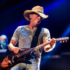 Kenny Chesney Remembers When He Realized Miranda Should Be on His Tour