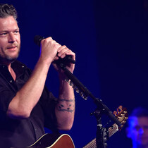 Blake Shelton Is Staying Out of Politics