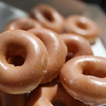 Retiree Arrested When Cops Mistake Doughnut Glaze for Meth