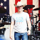 Dustin Lynch has Learned the Perfect Length to Stare