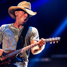 Kenny Chesney Wraps Tour This Weekend