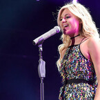 Kelsea Ballerini Teases New Music, Internet Thinks It's a Taylor Collab
