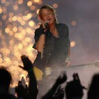 Keith Urban To Honor Earthquake First Responders At Performance In New Zeland