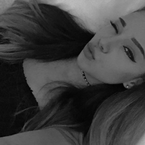 Ariana Grande Has A Doppelgänger (PHOTOS)