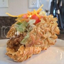 HMMMM The World's First Ramen Taco