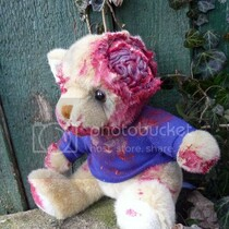 Warm (furry) Bodies: Behold UNDEAD TEDS: bloody, rotting, fabulous 'deady' bears