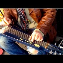 Street Guitarist Shreds And Recieves A Surprise! (VIDEO)