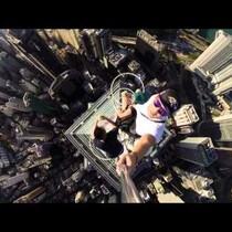 2 Bananas, 1,135 Feet and 1 Ridiculously Dangerous Selfie
