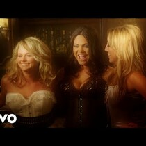 Go Behind the Scenes of The Pistol Annies' Sizzling Photoshoot
