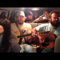 Nicki Bluhm & The Gramblers covering