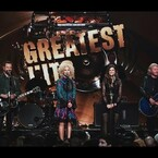 """Little Big Town covered Oasis's """"Wonderwall"""" on ABC's Greatest Hits!"""