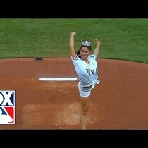 VIDEO: Lovely Miss Texas Throws Ugly Pitch