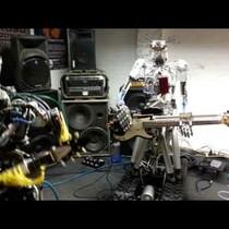 ROBOT BAND PLAYS MOTORHEAD