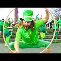 Cute and festive hoola hoop dance!