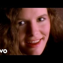 Edie Brickell and the New Bohemians
