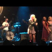 WATCH: Kesha Performs for the First Time Since Rehab