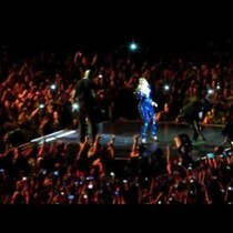 Beyonce Pulled Off-Stage By Crazed Fan [VIDEO]
