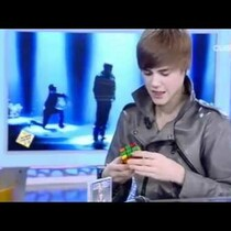 VIDEO: Bieber Can Rock A Rubik's Cube