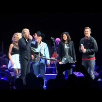 LITTLE BIG TOWN SING WITH KING GEORGE