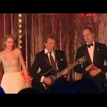 Taylor Swift, Bon Jovi, and Prince William sing on stage...together!