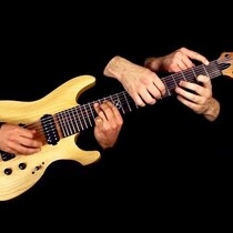 [Watch] METALLICA's 'One' Played On One Guitar