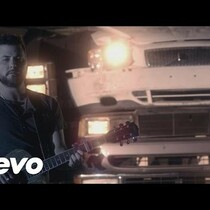 Tyler Farr's Video for Redneck Crazy has a few guest stars!