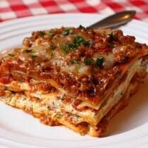 EASY RECIPE: Christmas Lasagna!