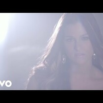 Cassadee Pope releases new music video for