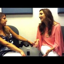 Ashlee interviews comedian Heather McDonald