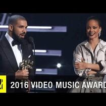 Drake presents Rihanna Vanguard award and professes his love for her