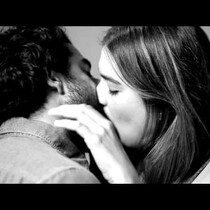 [VIDEO] Strangers Share Their First Kiss On Camera