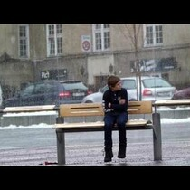 Watch how strangers react to a freezing child in viral video