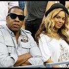 This Pic Proves Jay Z is an Official Instagram Husband! (VIDEO)