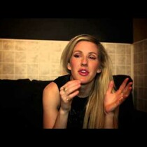 Ellie Goulding Twitterview Backstage