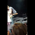 Keith Urban: Kisses Another Girl