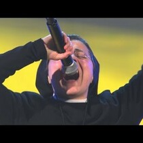 WOW watch this NUN sing on 'The Voice' in Italy!