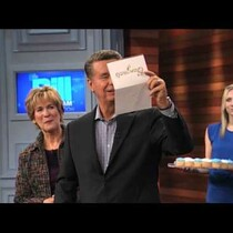 [Video] Willie gets surprised on his talk show for his 500th episode!