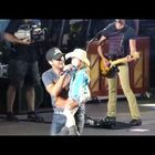 Luke Bryan Says 'Thank You' To The Fans