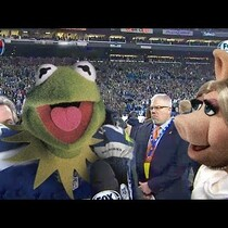 BRILLIANT! Kermet The Frog And Miss Piggy As Richard Sherman And Erin Andrews [Video]