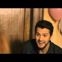 Luke Bryan Crashes A Baby Shower!
