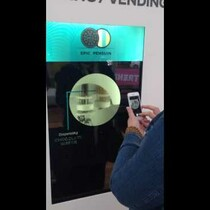 Trending Vending Oreo Cookie Machine
