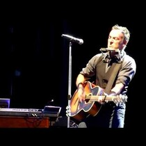 Springsteen Covers Lorde's