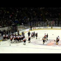 VIDEO: NYFD vs NYPD Participate In Charity Hockey Game BRAWL!!